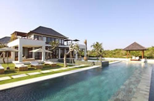Angin Laut Villa